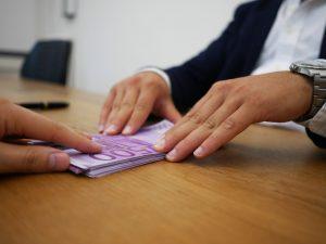Получить кредит в зарплатном банке
